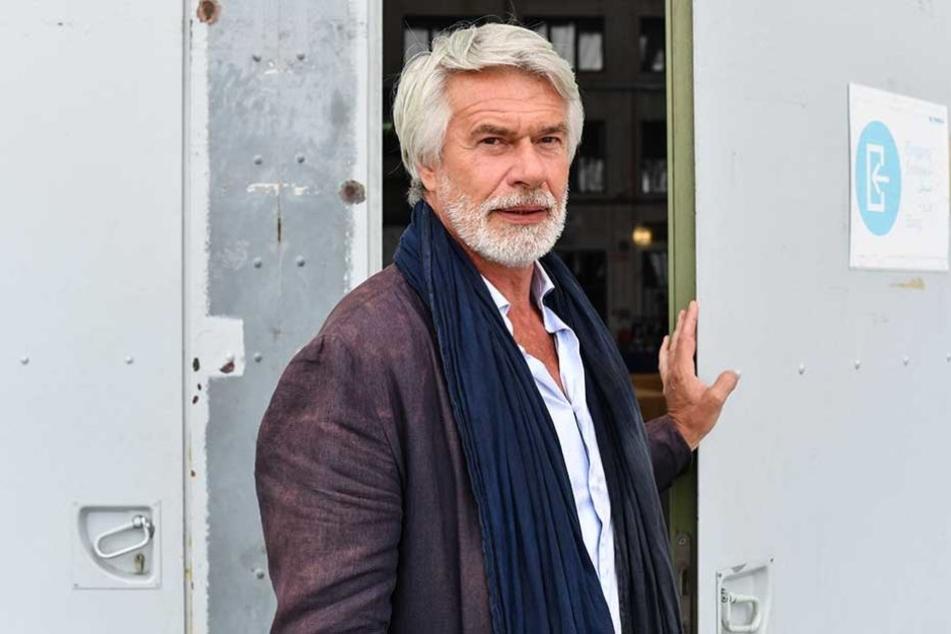 Volksbühne-Intendant Chris Dercon (59).