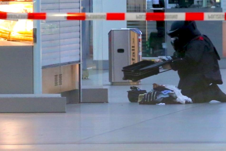 Herrenloser Koffer gefunden: Hauptbahnhof Dresden abgeriegelt!