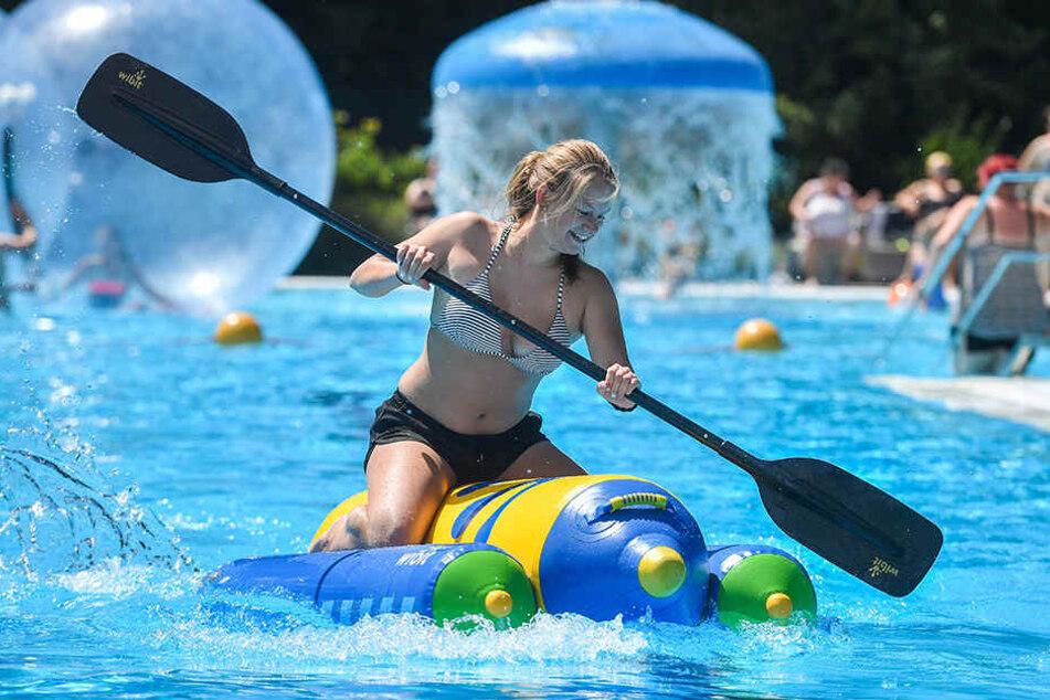 Gut paddeln: Celin Nolau (18) legte sich beim Kanuwettfahren kräftig ins Zeug.