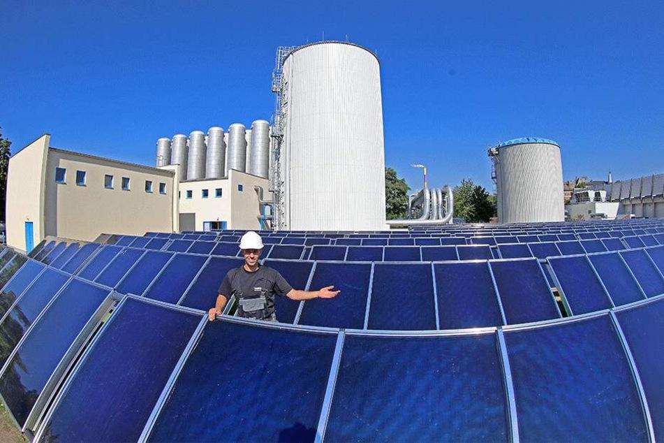 Ein Teil des Wärme-Sieges: Durch Solarthermie-Anlagen wie in der Georgstraße ist Chemnitz Großstadt-Spitzenreiter.