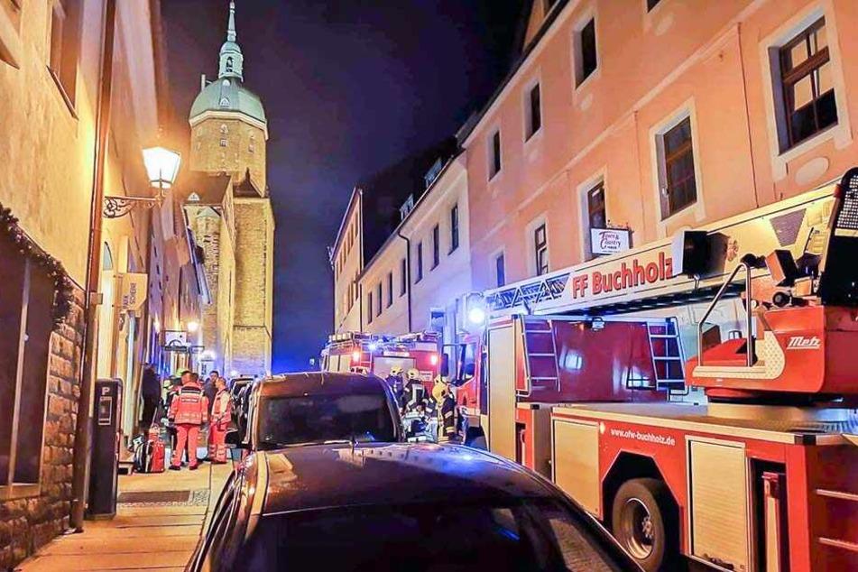 Ein brennender Kinderwagen löste einen Großeinsatz in Annaberg aus.