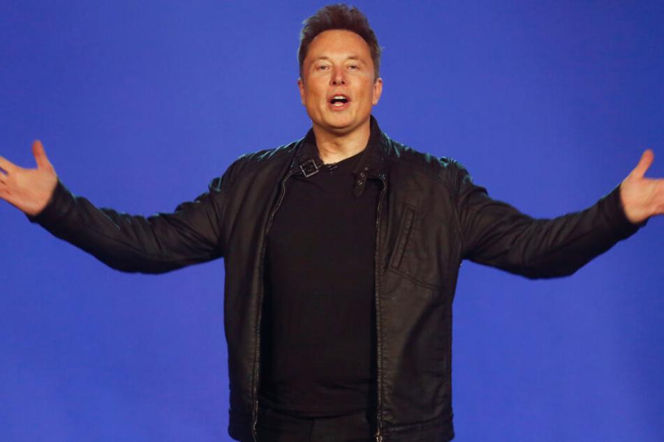 Elon Musk hat sich vor einem Gericht in Los Angeles verteidigt. (Archivbild)