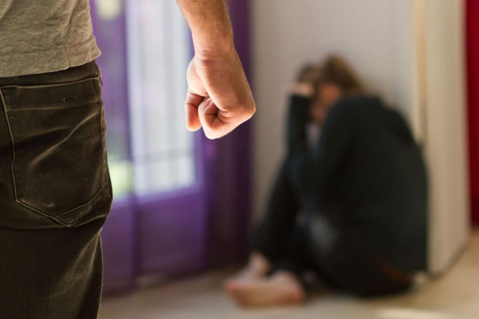 Der Mann gestand, seine Tochter sexuell missbraucht zu haben (Symbolfoto).