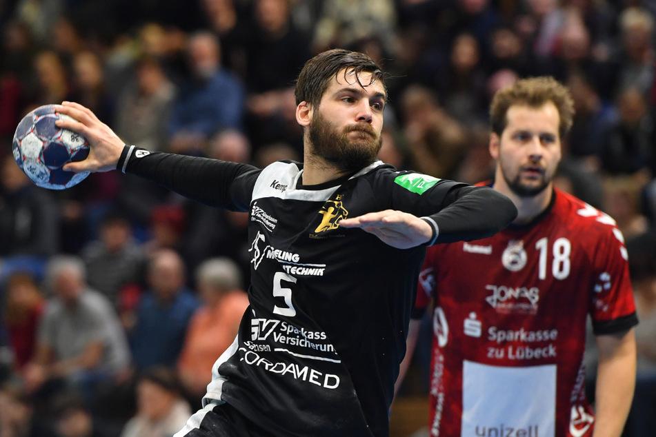Handballer Tim-Philip Jurgeleit in der Saison 2017/18 in der zweiten Bundesliga, hier gegen den VfL Lübeck-Schwartau.