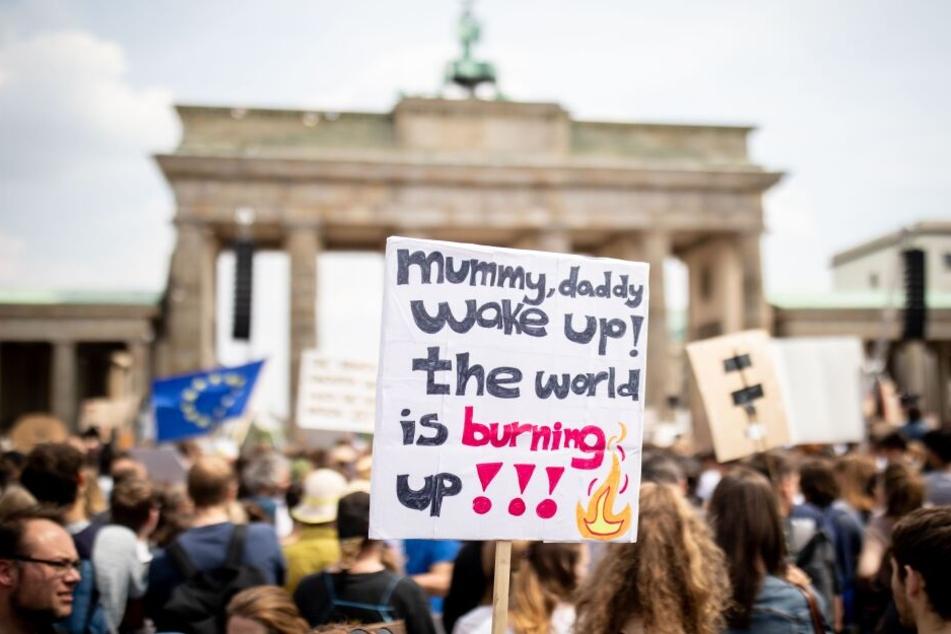 Die Proteste in Berlin gehen weiter.