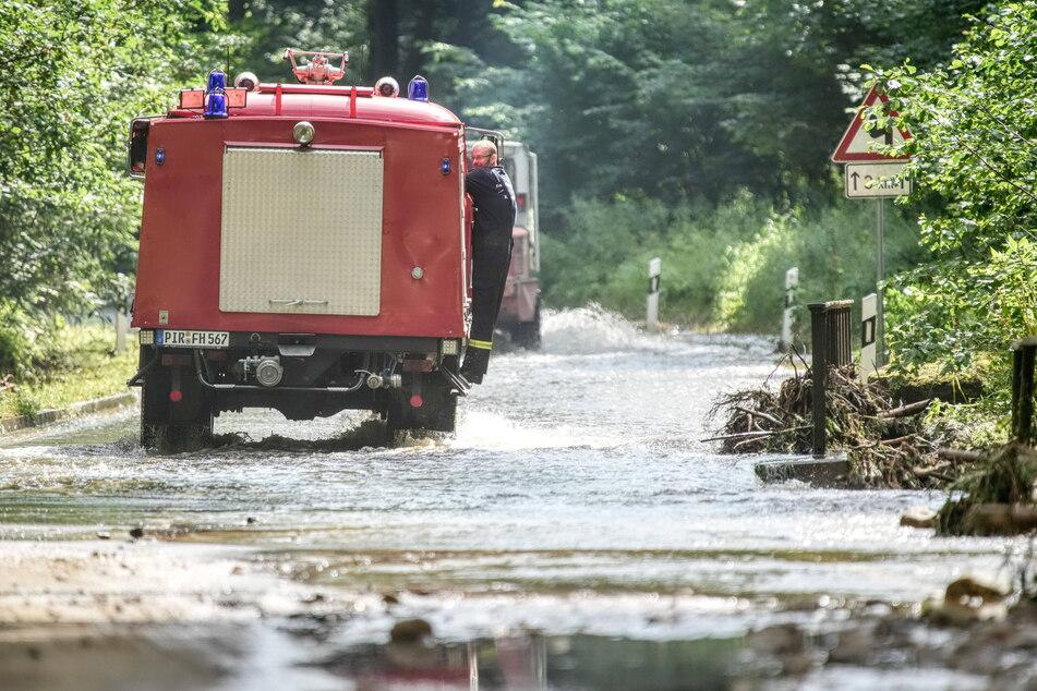 Die Feuerwehren sind mittlerweile weg aus den sächsischen Hochwasser-Gebieten, geblieben sind Schäden in Millionenhöhe.