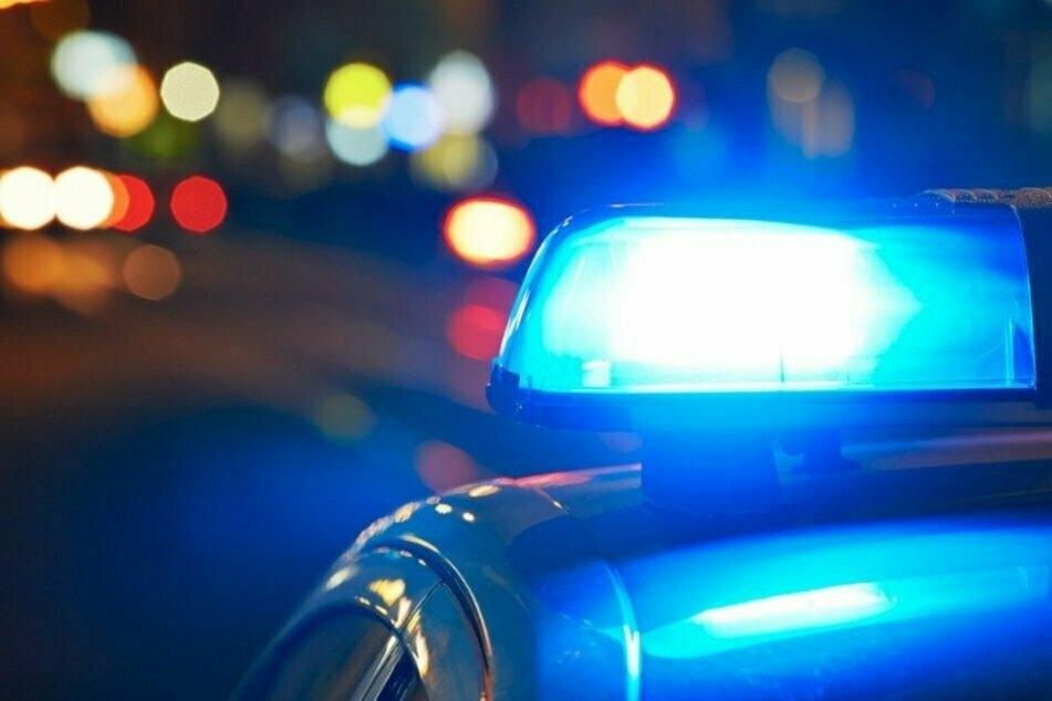 Autofahrer flüchtet auf Drogen vor der Polizei: Was er dann tut, macht fassungslos