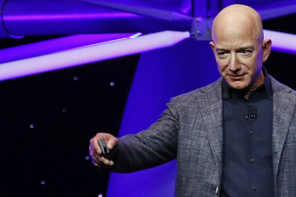 Bock aufs All? Amazon-Boss Jeff Bezos versteigert Platz in Astronauten-Kapsel!