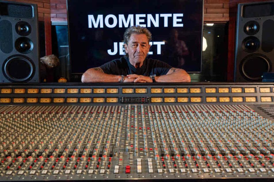 """Peter Maffay stellt in seinem Musikstudio sein neuen Album """"Jetzt"""" vor."""
