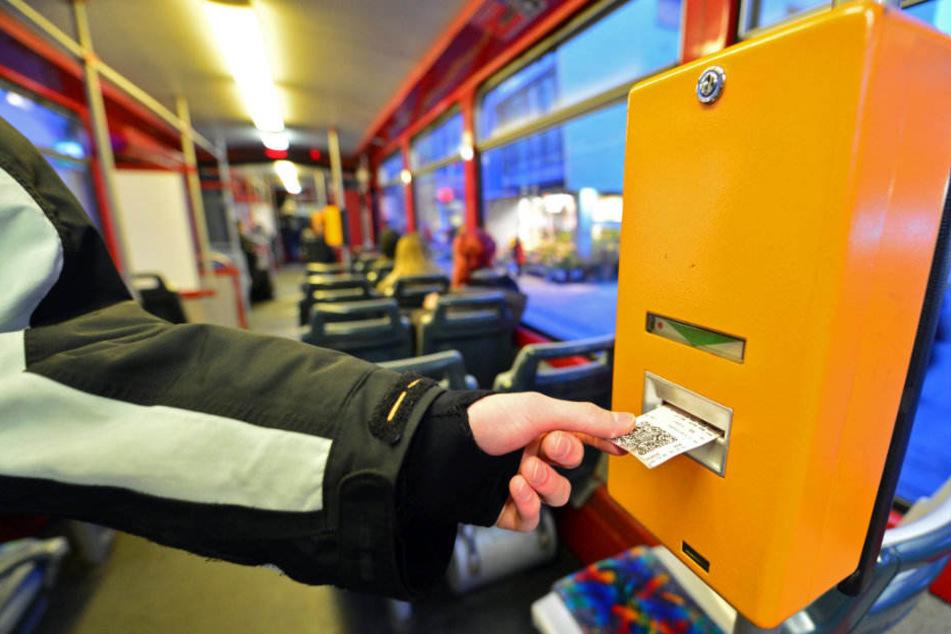 Mit dem Azubi-Ticket könnten Auszubildende, wie jetzt schon Studenten, vergünstigt den Personennahverkehr nutzten. (Symbolbild)