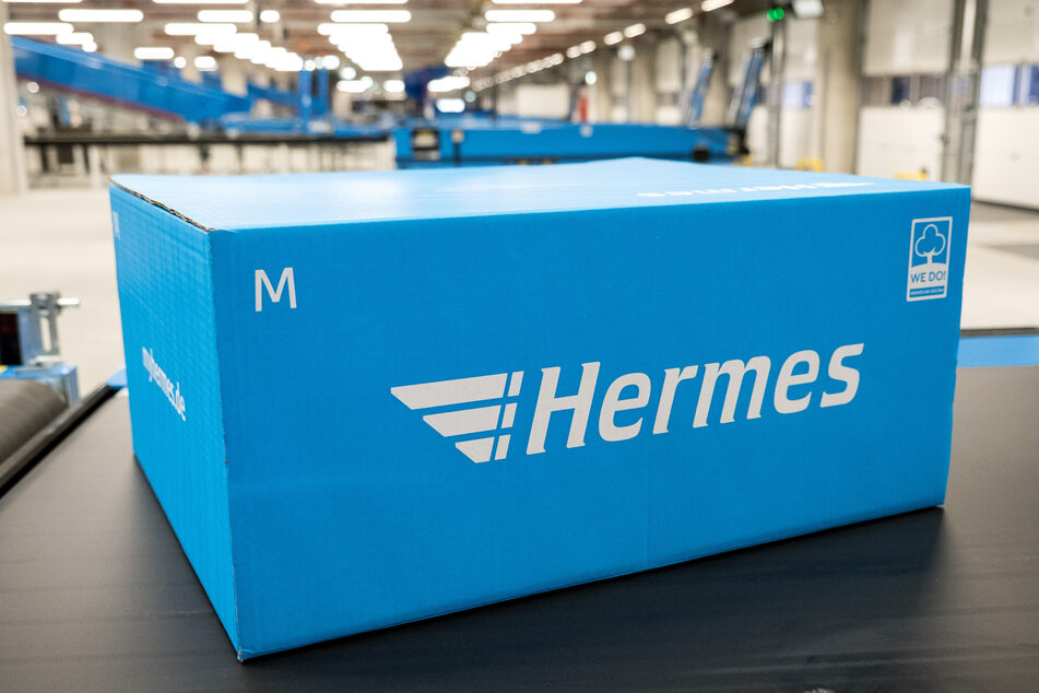 Wie auch die Deutsche Post hat der Paket-Zusteller Hermes während der Hochphase der Corona-Pandemie deutlich mehr Pakete zugestellt als sonst.