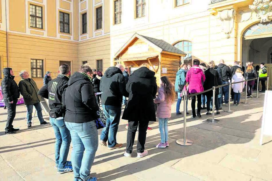 Startschuss am Jagdschloss: In Moritzburg eröffnete gestern die Aschenbrödel-Ausstellung.