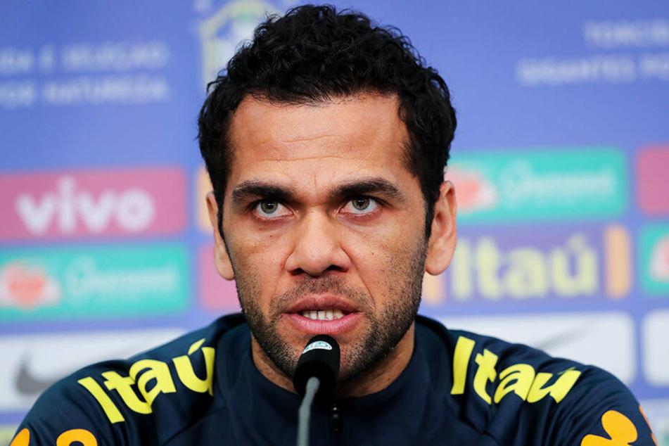 Dani Alves löst Neymar als Kapitän ab. Der 36-Jährige bestritt bislang 107 Länderspiele für Brasilien.