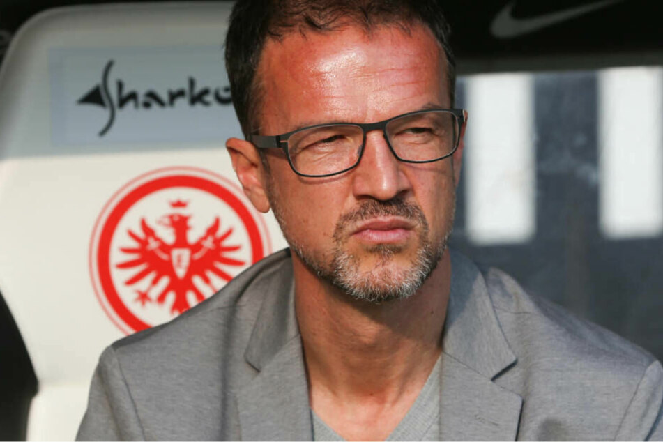 Die Zukunft fest im Blick: Eintrachts Sportchef Fredi Bobic bastelt weiter am aktuellen Kader.