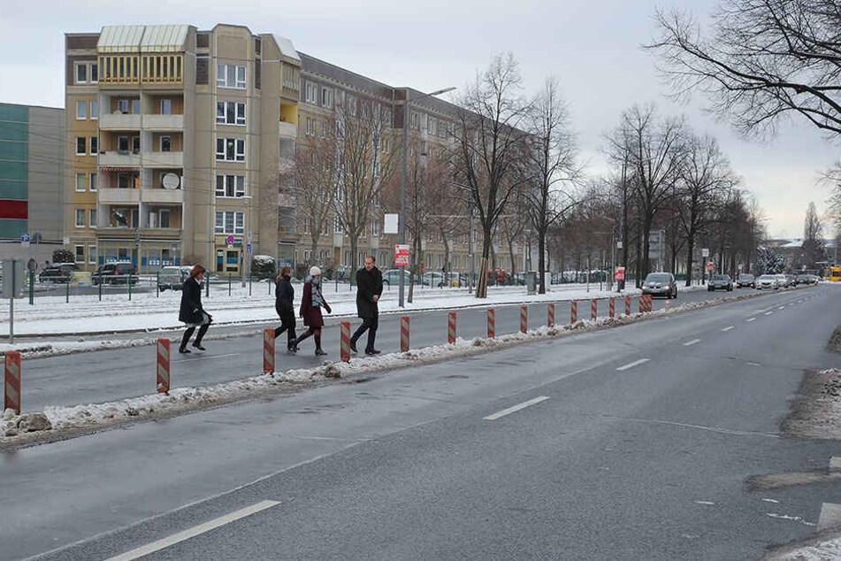 Die geplante Fußgängerampel auf der Albertstraße verzögert sich noch.
