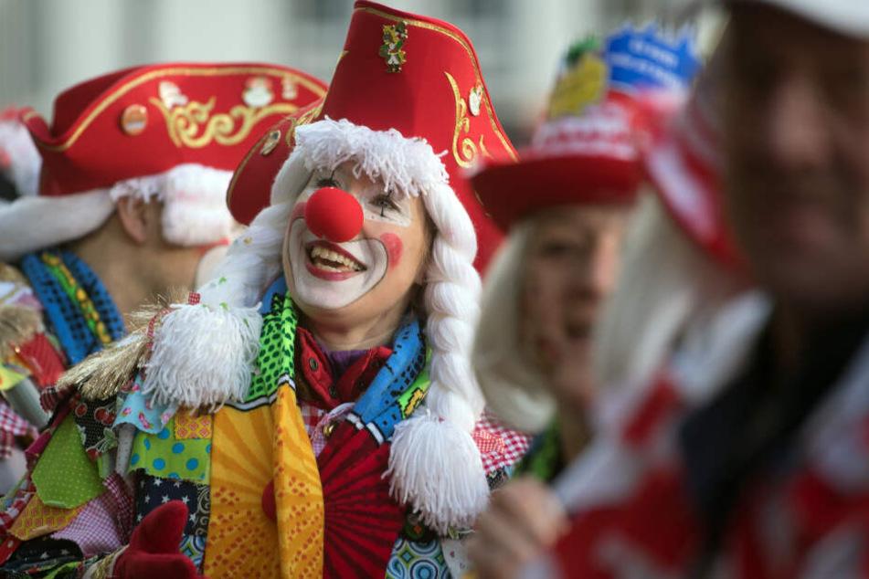 Mit dem 11.11 startet im Rheinland die Karnevalssaison und somit eine profitable Zeit (Archivbild).
