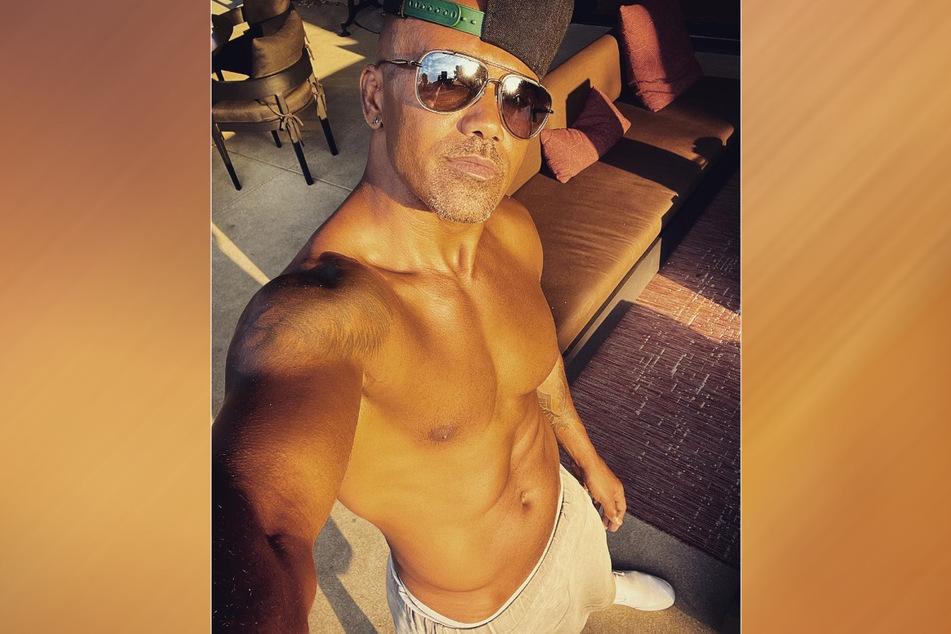 Noch mehr sexy Fotos von Shemar Moore (51) gibt es auf seinem Instagram-Profil.