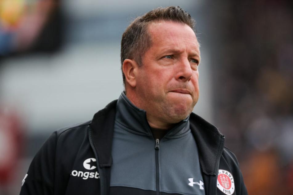 Trainer Markus Kauczinski kann seine Enttäuschung nicht verbergen.