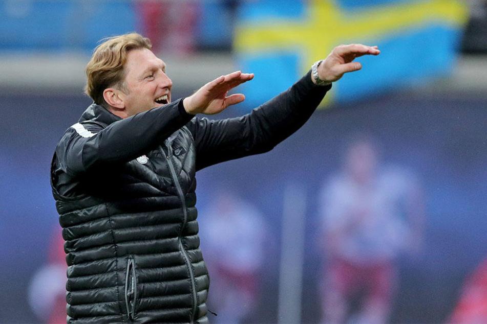 Fußball | Leipzig weiter auf Königsklassen-Kurs - 1:1 gegen Schalke