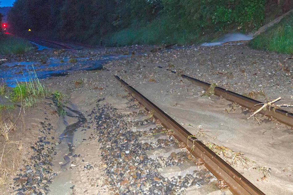 Nach Unwettern im Vogtland: Streckensperrung verlängert