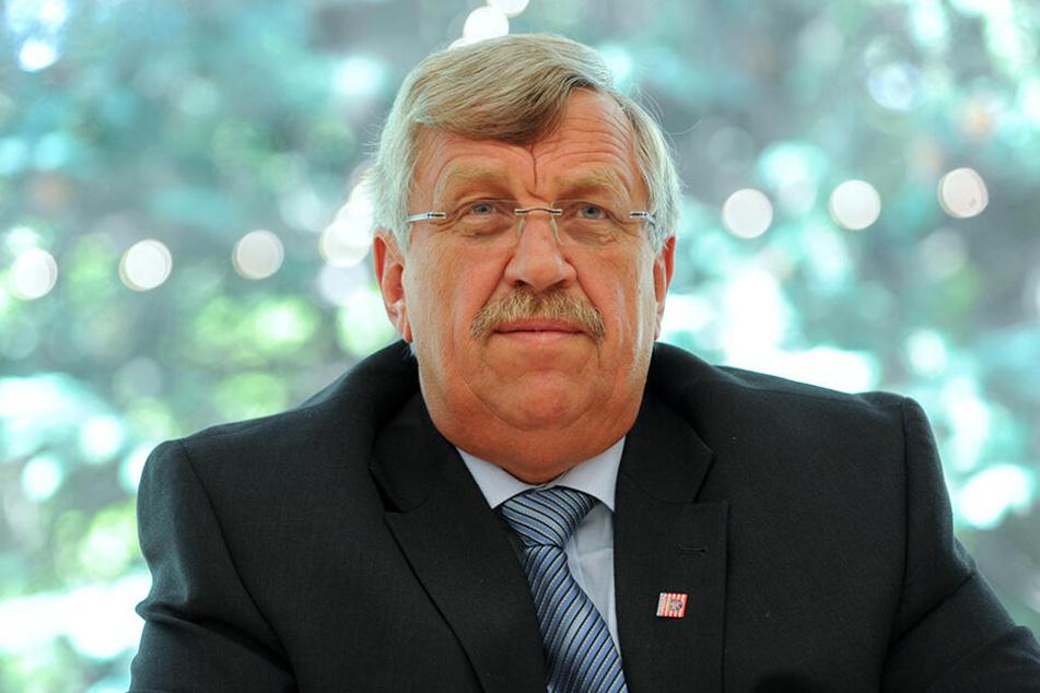 Die Ermittlungen zum Mord an dem Kasseler CDU-Politiker Walter Lübcke (†65) laufen auf Hochtouren.
