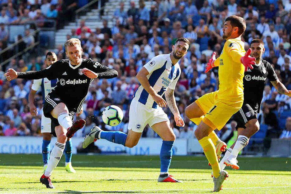 Das zweite seiner bisher fünf Saisontore: André Schürrle trifft zum 1:0 für den FC Fulham gegen Brighton & Hove Albion.