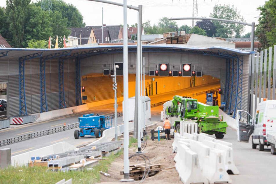 Blick auf die Zufahrt des neuen Tunnels.