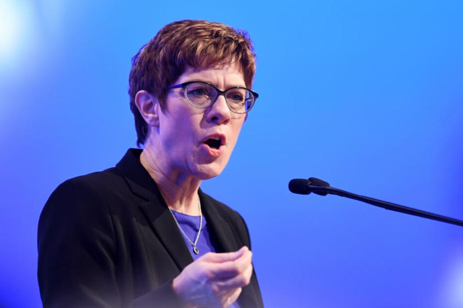 CDU-Vorsitzende Annegret Kramp-Karrenbauer bei einer Rede