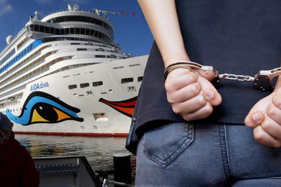 Frau will auf Kreuzfahrt, plötzlich klicken die Handschellen