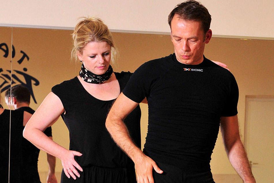 Der Hüftschwung muss sitzen. Susanne Schaper (39) beim ersten Training mit Tanzpartner Rafael Kozubal.
