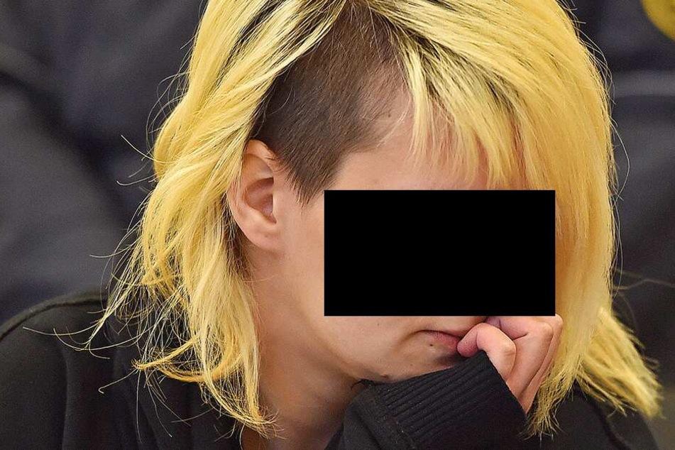Brit S. (24) soll schuld sein am Tod ihres Säuglings. Der Nachweis bei Gericht ist aber schwierig.