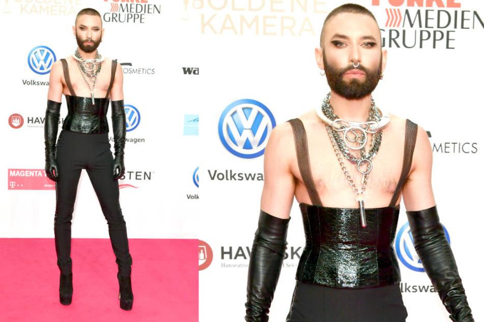 Mit diesem gewagten Outfit zog Conchita Wurst (30) bei der Goldenen Kamera alle Blicke auf sich.