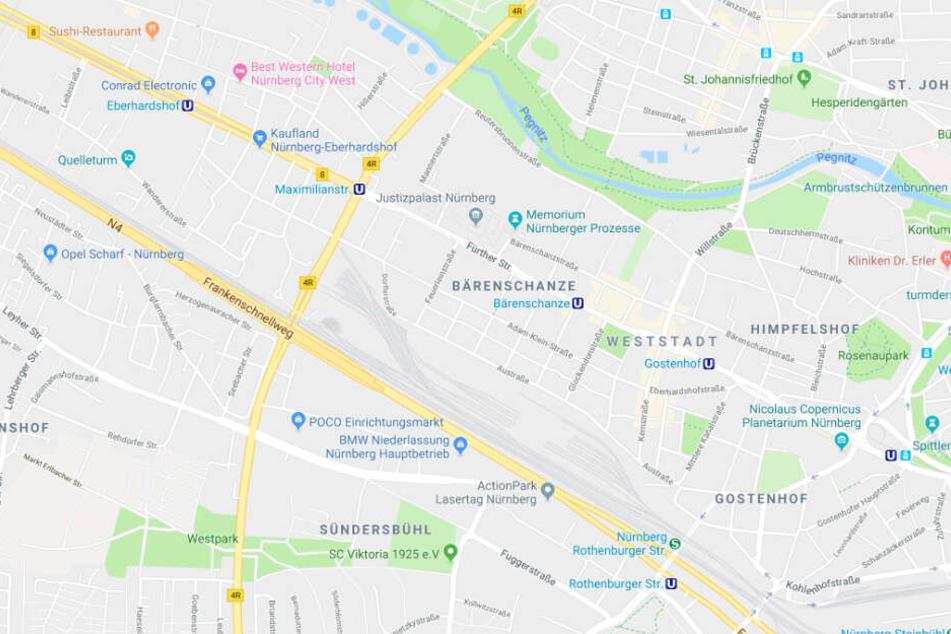 In der Fürther Straße in Nürnberg in Bayern wurde eine Frau mit einem Messer attackiert.