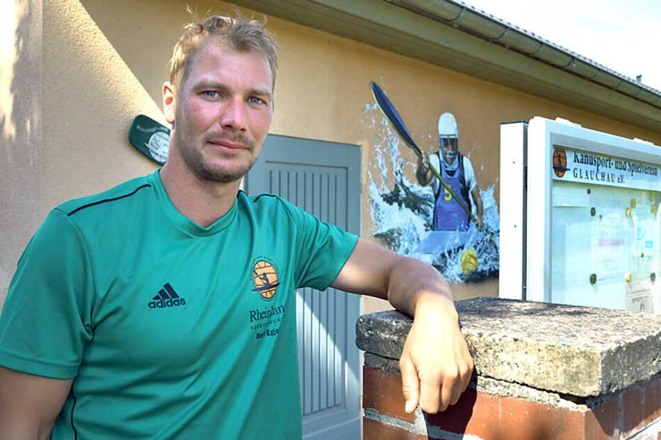 Chris Ziese (28) vom Glauchauer Kanusportverein hofft, dass die Täter nun von den teuren Toren ablassen