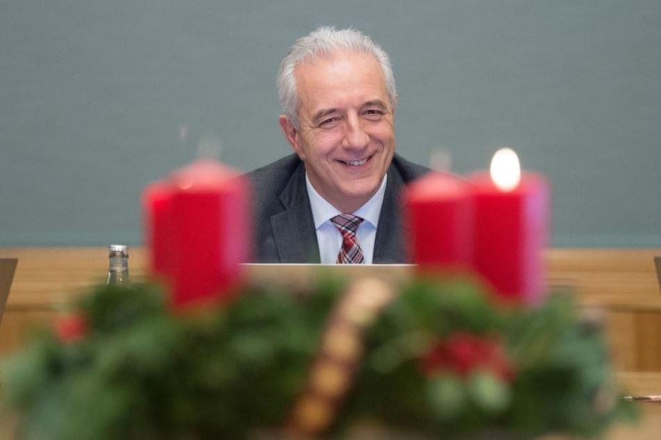 Ministerpräsident Stanislaw Tillich (CDU) erklärte am Dienstag seinen bereits im Oktober angekündigten Rücktritt.