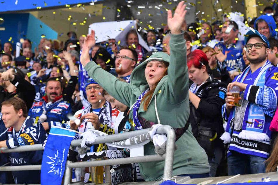 Können die Fans der Dresdner Eislöwen am Dienstag nochmal jubeln?