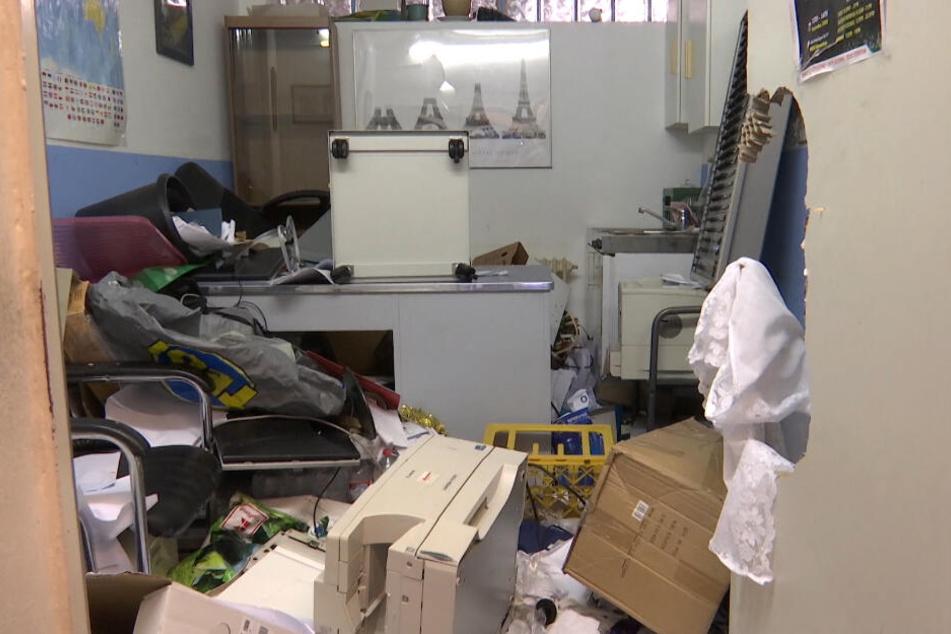 Der Mann verwüstete die Büroräume der Gemeinde.