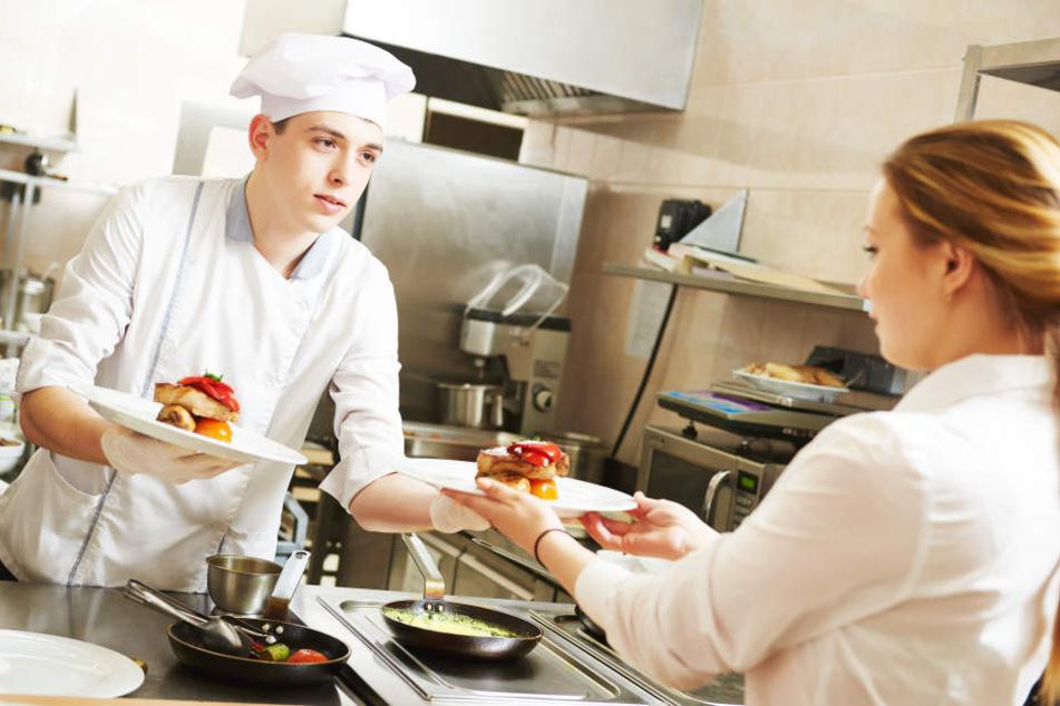 Deftige Gerichte in der Mittagspause sind bei den Deutschen sehr beliebt.