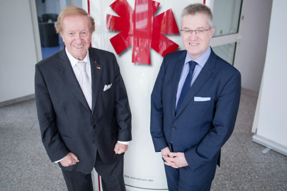 Stiftungsgründer Siegfried Steiger (links) und sein Sohn Pierre-Enric, der mittlerweile als Präsident der Björn-Steiger-Stiftung fungiert.