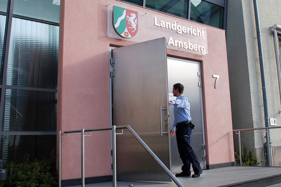 Das Landgericht Arnsberg verhandelt am Dienstag über die Straftat.