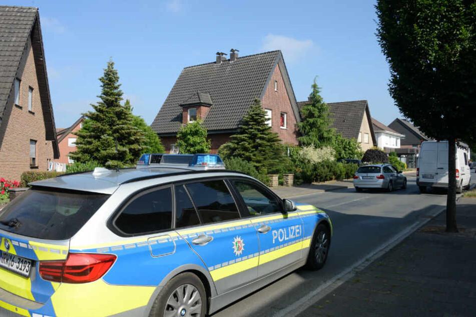 Vor Ort konnte der 25-Jährige festgenommen werden.