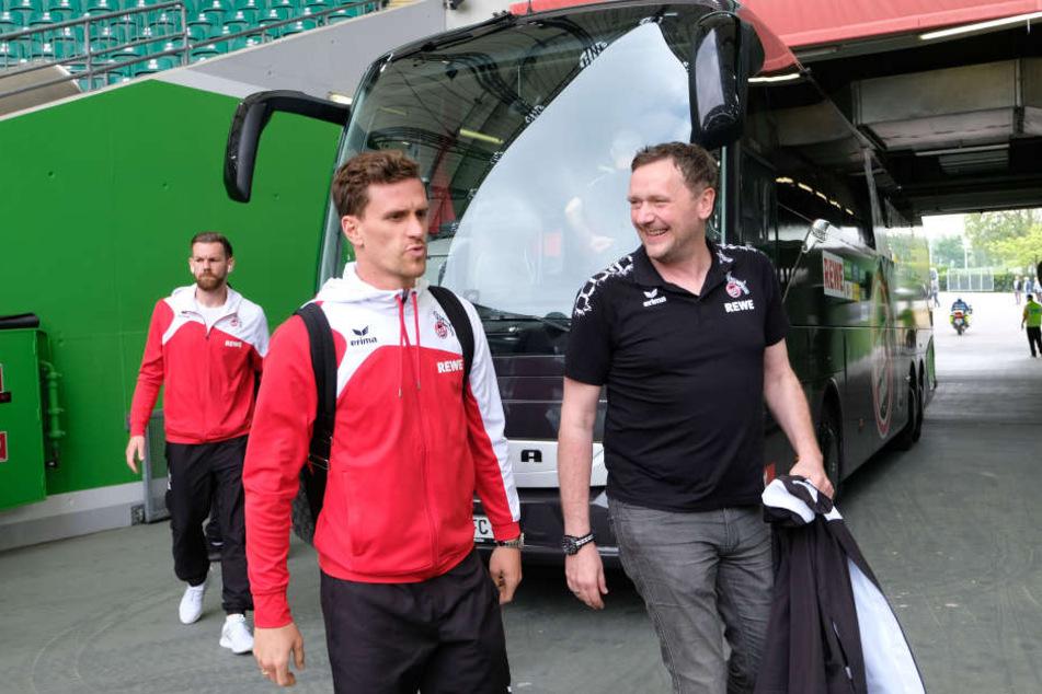 Für Thomas Kessler (32, l.) und Simon Zoller (26) begann am Donnerstag fünf Tage nach dem letzten Saisonspiel in Wolfsburg der Sommerurlaub.