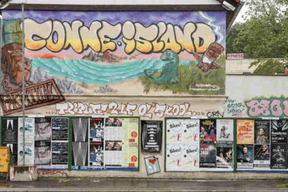 Hgich T Conne Island