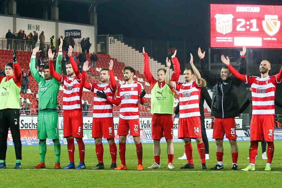 Die Zwickauer Fußballer bedanken sich bei ihren Fans für die Unterstützung.