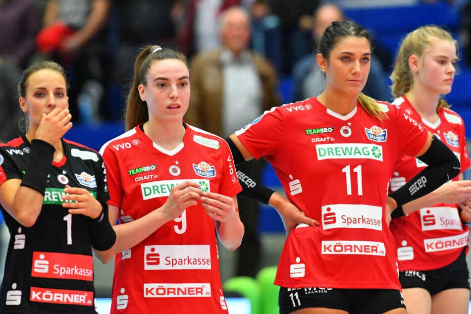 Enttäuschte Gesichter nach dem Spiel: Lenka Dürr, Lucija Mlinar, Milica Kubura und Camilla Weitzel (von links).