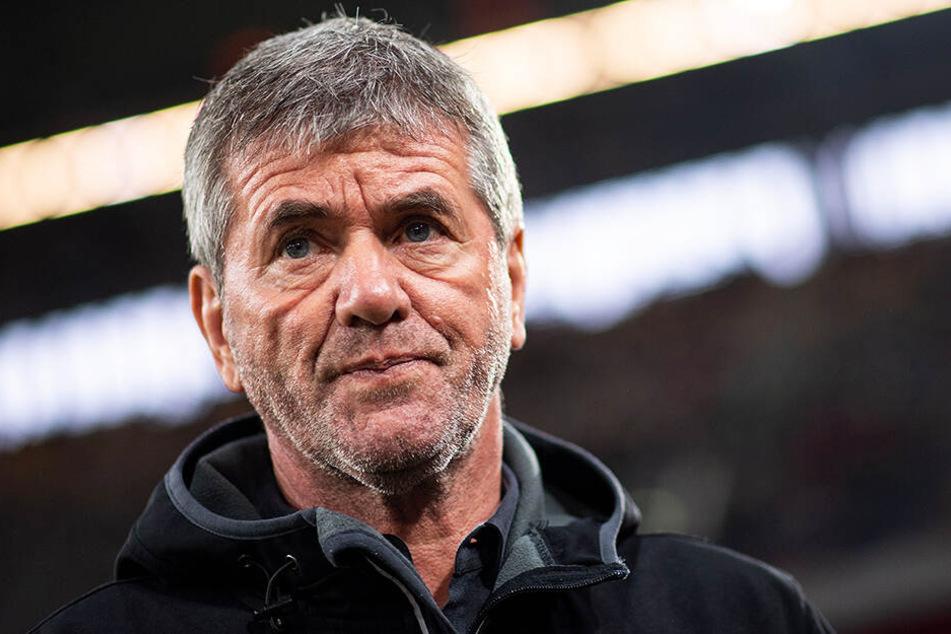 Friedhelm Funkel weiß noch nicht, ob er seinen Vertrag bei Fortuna Düsseldorf verlängern will.
