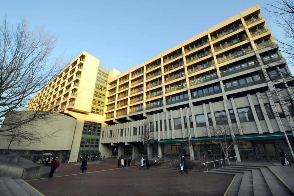 Das Gerichtsgebäude für das Amtsgericht, das Landgericht I und II in München.
