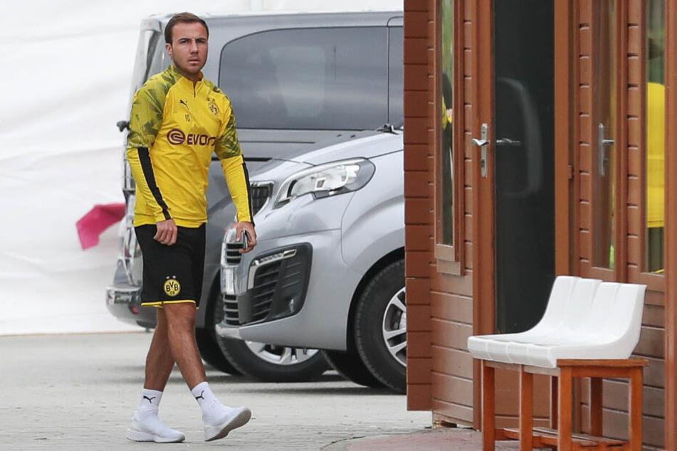 Glücklich sieht anders aus. Mario Götze im BVB-Trainingslager.