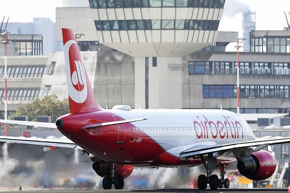 Air Berlin prüft weiter eine Klage gegen den Großaktionär Etihad.