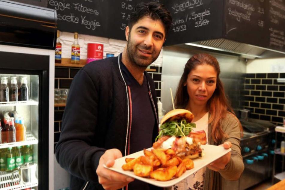 """Mit Burgern wollten Erbil Temel und Sibel Yilmaz von der """"Wilden Kuh"""" ihre Gäste überzeugen."""